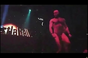 Muscle Strippers Fuck On Stage