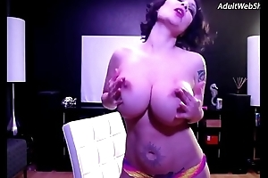 Mature babe show in studio - AdultWebShows.com