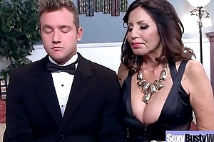 Sexy Housewife (Tara Holiday) On touching Big Jugss Nailed Hardcore On Cam vid-23
