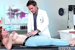 (Diamond Foxxx) Slut Patient Come And Bang With Horny Doctor movie-10