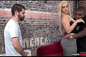 A BBC Be required of HotWife Brooke Summers While Cuckold Watching