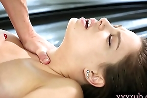 Tight masseuse Bobbi Dylan gets banged hard by their way client