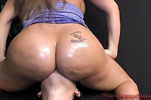 Richelle Ryan Ass Worship tb